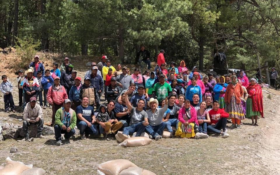 <br>Recaudan agua y alimentos para tarahumaras de Sinaloa